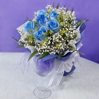 6 Blue Roses Hand bunch
