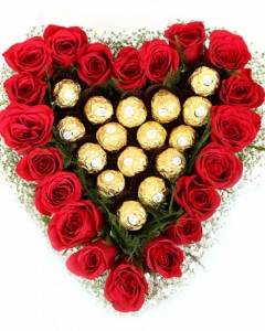 30 red roses w/16 ferrero basket