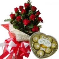 12 Red Roses + Heart box